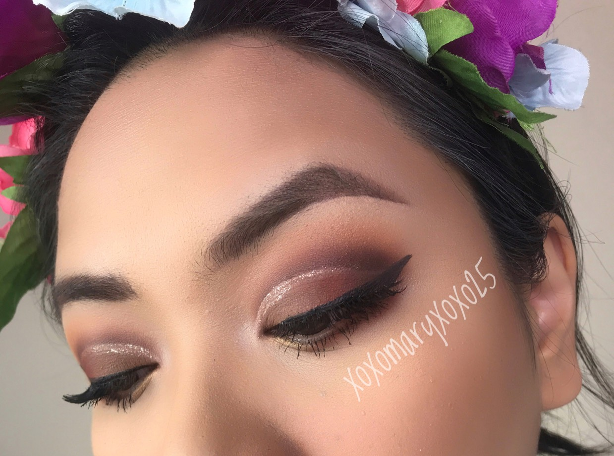 brown cut crease