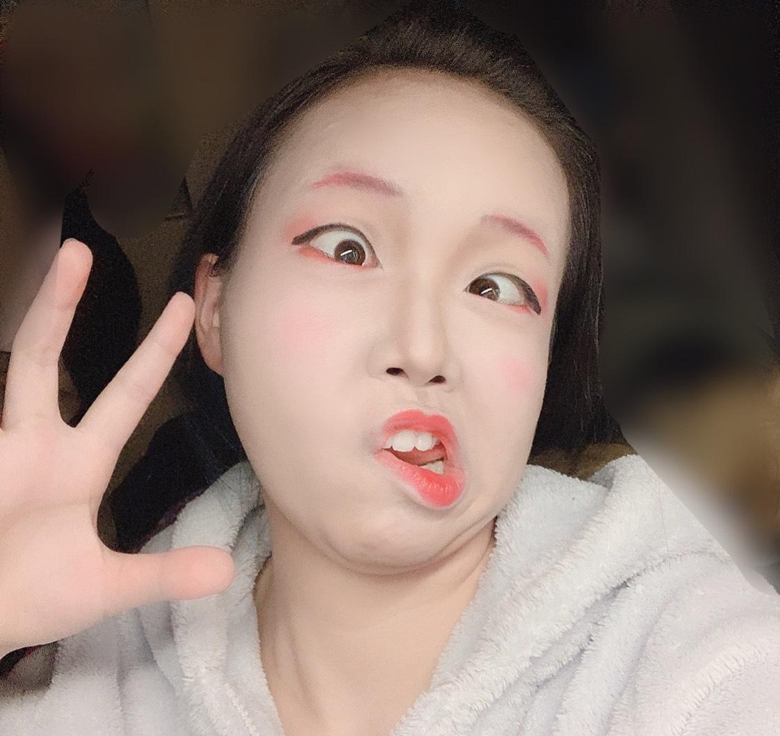 歌舞伎?舞妓?何者?