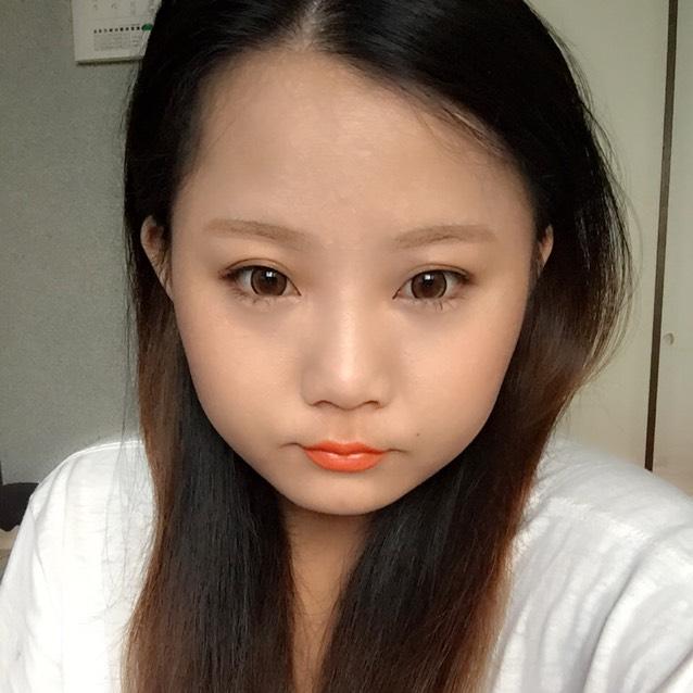 キスミー オレンジリップ♪  目元が薄くても オレンジで明るく♡