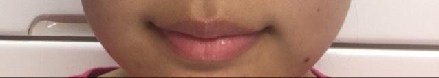 まず、なにもつけていない状態の唇です!