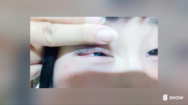 そのまま下瞼だけを使って目をパチパチしてください。  ここまでが涙袋の作り方です!