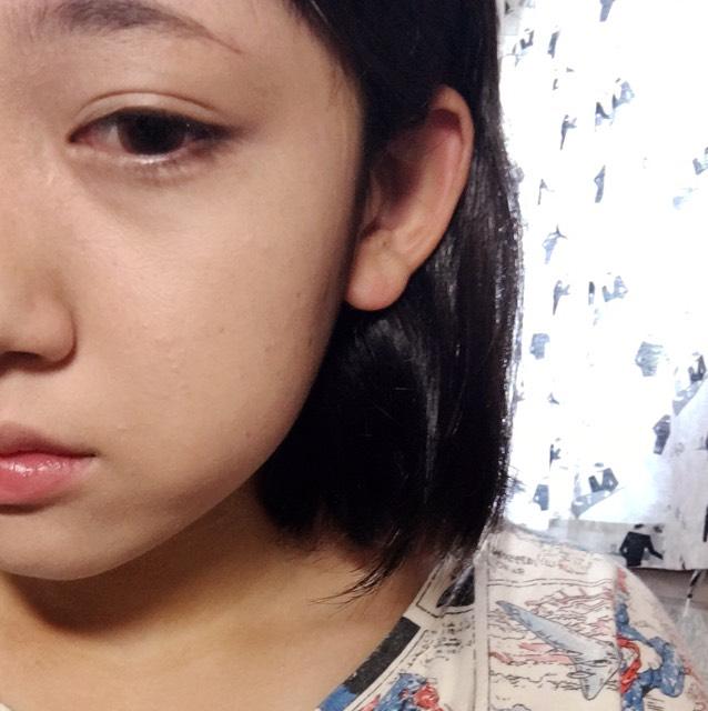 ハトムギ化粧水→BBクリーム→リキッドファンデーション→こな をする。