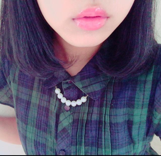 ぷるぷる唇