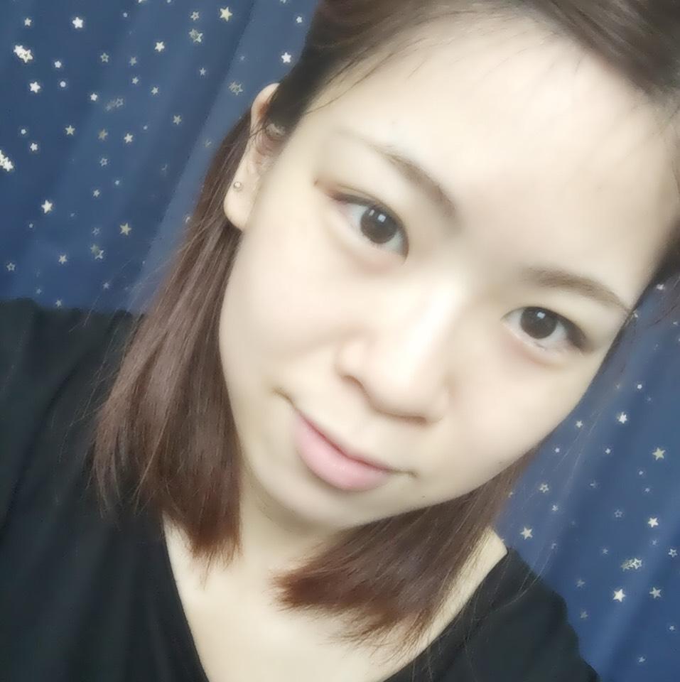 爽やか夏メイク~ブルーアイシャドウ~のBefore画像