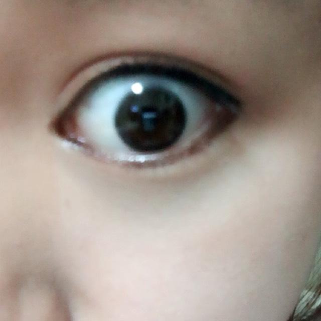 下アイラインはブラウンのペンシルで目頭から目尻まで引きます 粘膜も埋めます