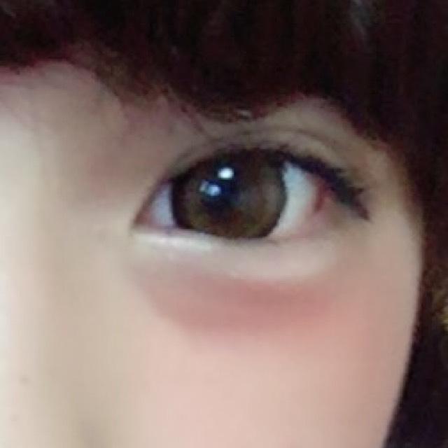 ちーくは涙袋を強調できるし目のすぐしたに塗るの好きです。  アイラインタレ気味マスカラはあげすぎず