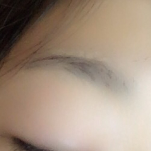 眉ティントのBefore画像