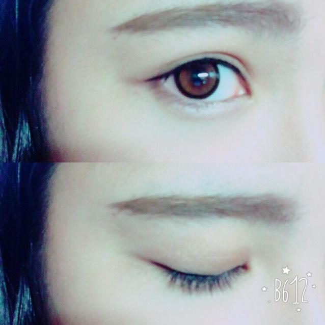 目はこんな感じ。 そしてマスカラをたっぷり塗ります 下まつげにもたっぷり塗ります