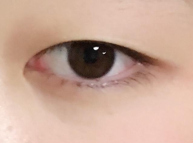 裸眼普段メイクのBefore画像