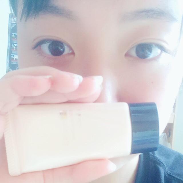 まずベースメイク! カンナちゃんは白くてきれいな肌が印象的なのでそれを目指します! まず化粧下地です