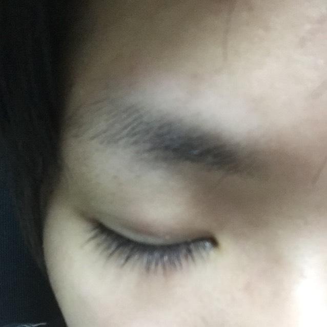 眉毛ティントのBefore画像