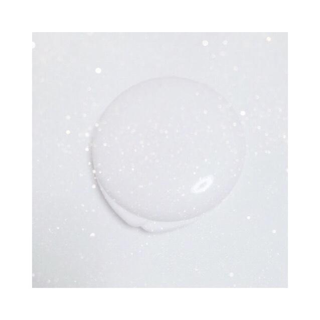 ♡フェイスパウダー(の代わりに) ビジョン 薬用固形パウダーJ ・ブラシに取って余計な粉をパフに落としておく