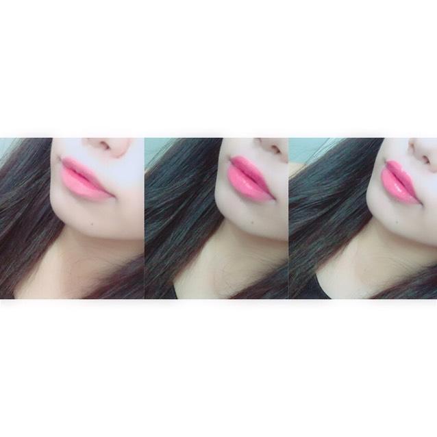 ♡リップ♡  まず赤い口紅を軽く塗り、その上にピンク色のグロスを重ねます。