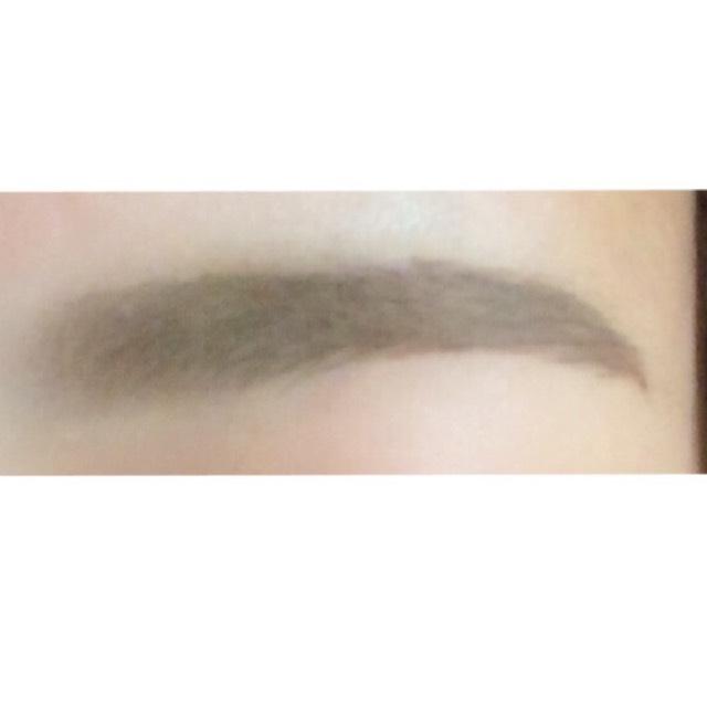 綺麗な眉毛☆*。