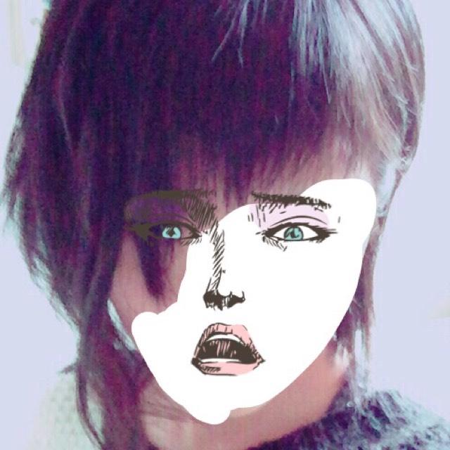 派手髪メイクのBefore画像