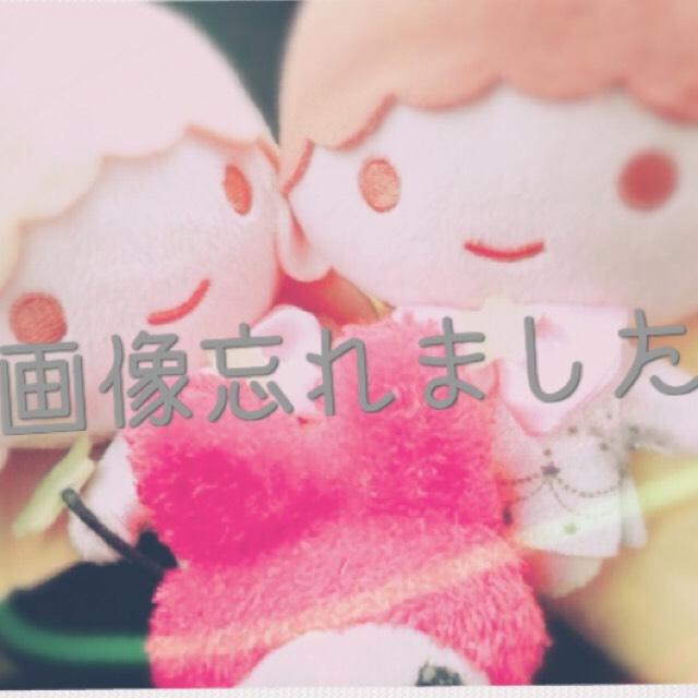 BBクリームのベージュ→コンシーラー→ファンデ→アイシャドー→チーク→口紅