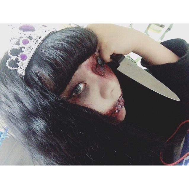 > zombie makeup <
