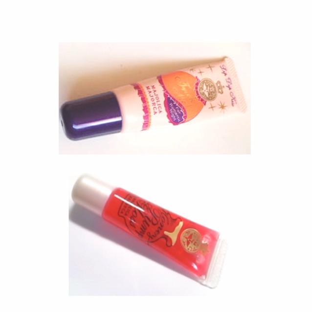 次は唇  上からマジョルカマジョルカ リップディップキス オレンジ  ハニーポンプグロス  赤  どちらも高発色+いい匂いがする…(´-`)