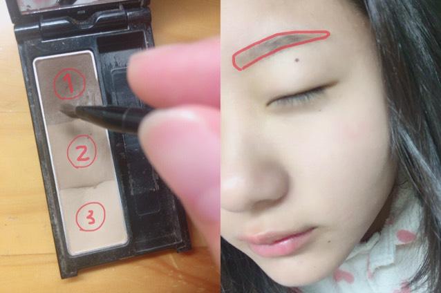 次にKATEのデザイニングアイブロウ①②を混ぜて眉毛を書きます。その上からキスミーの眉マスカラで元の色をなくします。