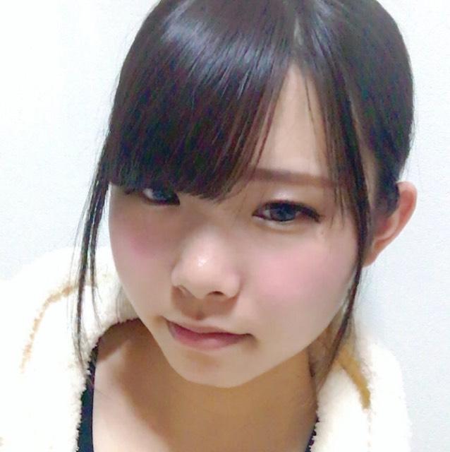 小松菜奈さんメイクのBefore画像