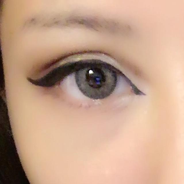 目はこんな感じ