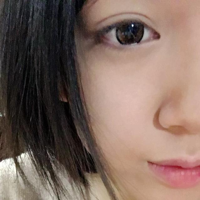 BBクリーム→リキッドファンデーション→こなをする
