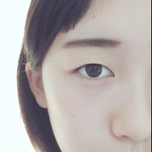 眉毛は優しげな印象のあるふんわり眉毛にしましょう
