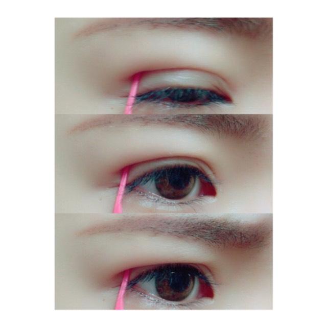 透明になったら、プッシャーで目尻側を抑えて目を開けていきます 最後は睨むように力を入れてください!