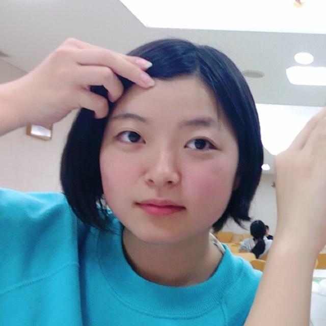 ふんわり巻きショートヘアのBefore画像