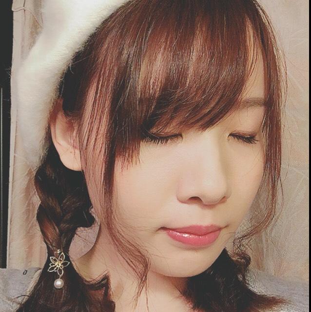 白のベレー帽を被ってもクリスマスっぽいと思います*\(^o^)/*