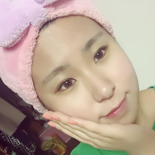 韓国留学生のマネっこメイクのBefore画像