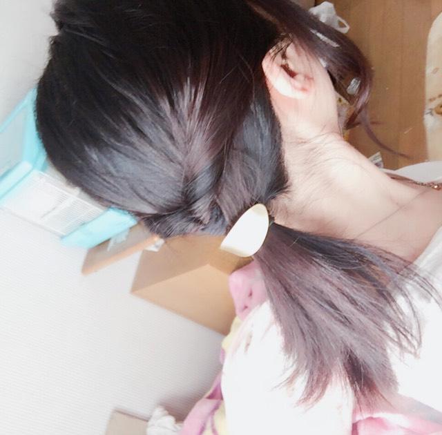 髪型などは簡単なアレンジで巻いたりするのもアリかもしれません! 今度この髪型のレビューも出来たらなと思っています!
