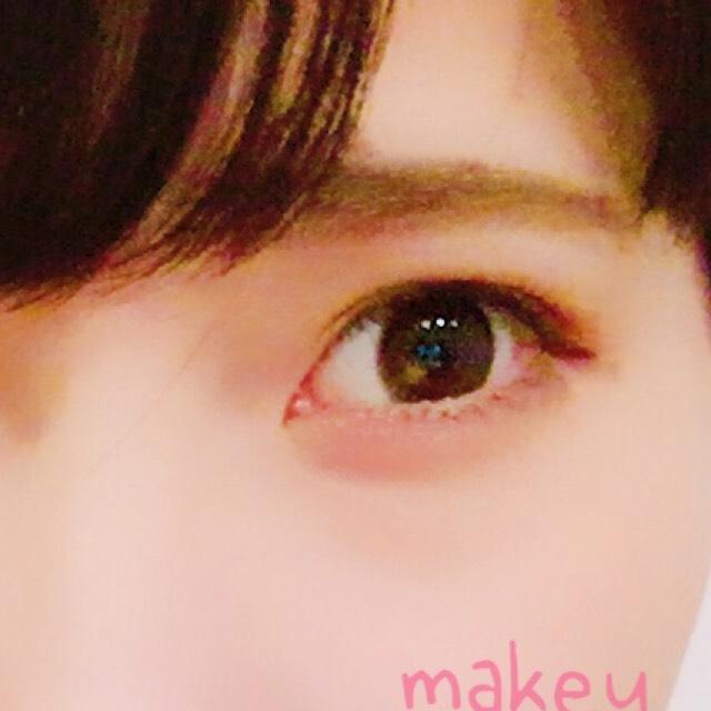 眉毛はエクセルのアイブロウを使っていきます。色は髪の毛の色に合わせる わたしはアッシュグレイを使っています。  ※パウダー→ペンシル→眉マスカラの順番でやるのがオススメ