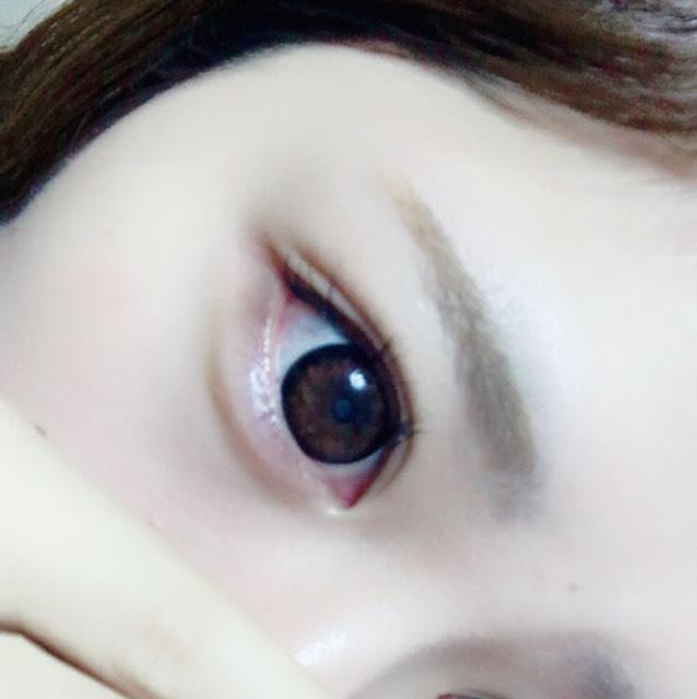 Excelアイブロウで涙袋と眉毛を書きます。1番明るいカラーなので涙袋がめっちゃナチュラルにかけます!!!オススメ!