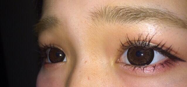 マスカラは中心に多めに塗って丸目に見せる アイラインは気持ちたれ目に見えるようにひきます!