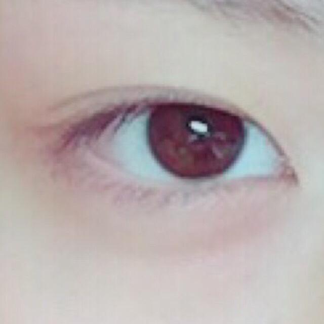 目の大きさ詐欺メイクのBefore画像
