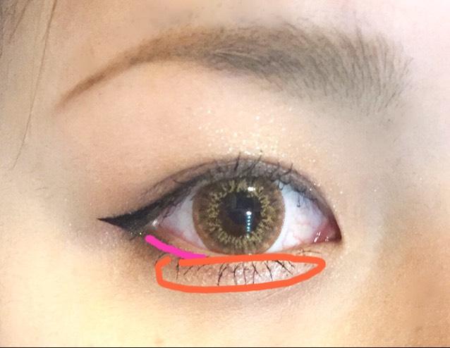 オレンジの範囲に②のカラーを塗り、ピンクの線に④で濃く細く線を引きます!