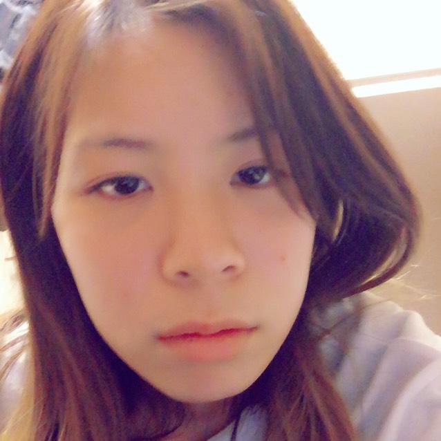 茶色カラコン メイクのBefore画像