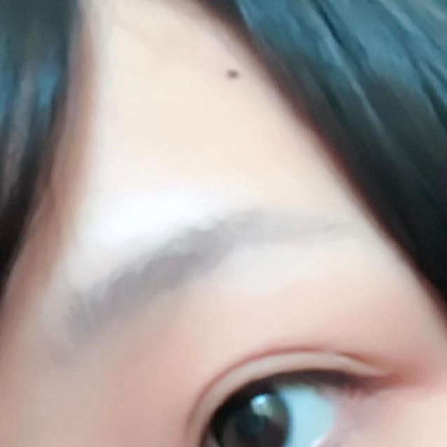 化粧品1つだけ!簡単ふんわり太眉の描き方のBefore画像