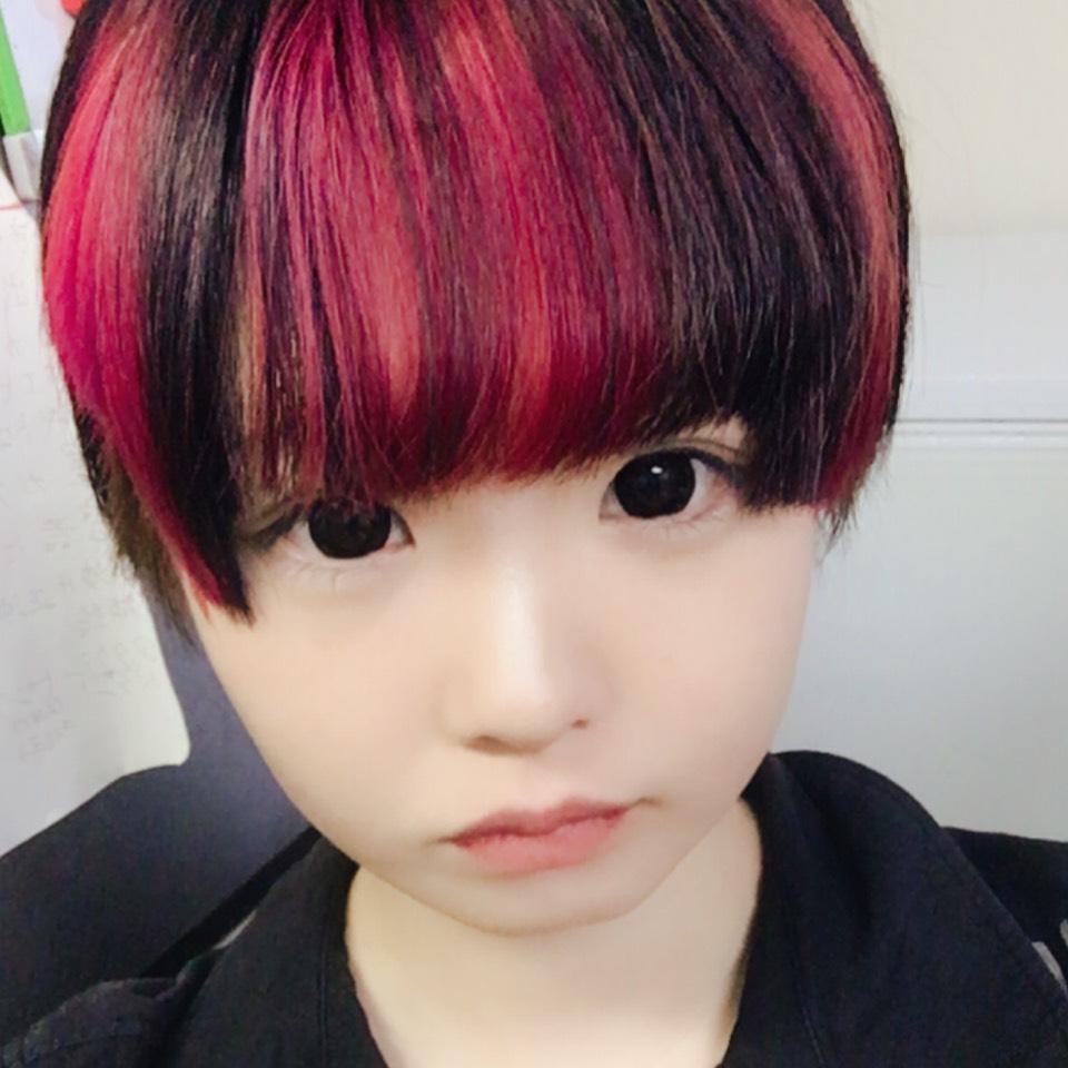 髪を赤にしたのでのAfter画像