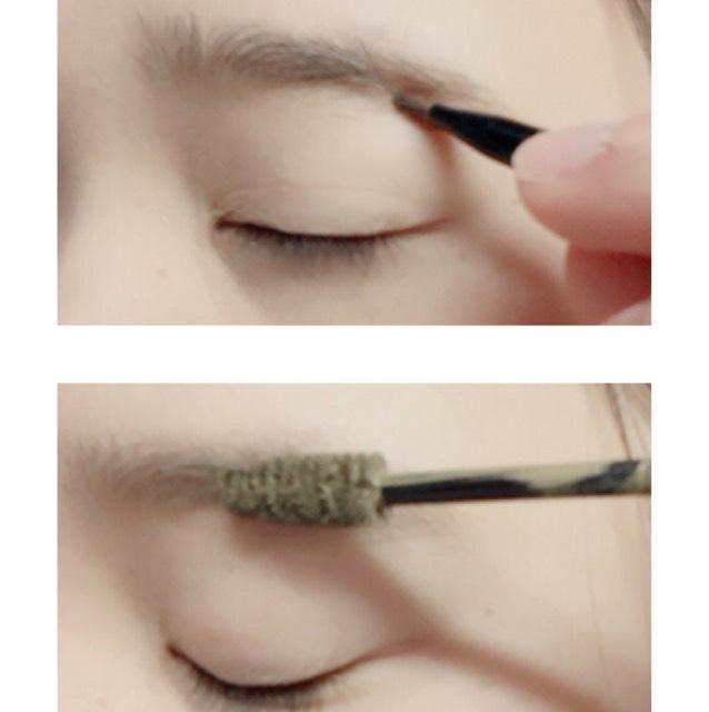パウダーで眉尻を書きマスカラを塗ります。 マスカラは地肌につかないように意識!