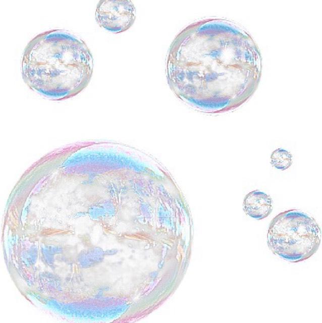 しっかり保湿します  わたしは朝スキンケアは化粧水→美容液→クリームです!