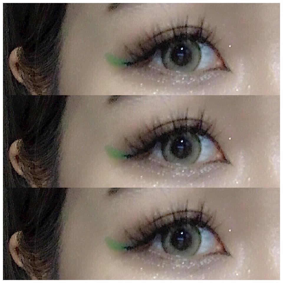 まず目尻のところに見えるように長めにグリーンのアイライナーをひいて、グリーンだけだとぼけてしまいそうだったので  その上からグリーンより短めにブラックアイライナーをひいてます!