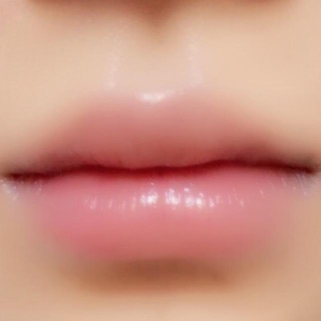 ぷっくり 唇 リップ 口紅 メイク モテ 男ウケ ハイライト