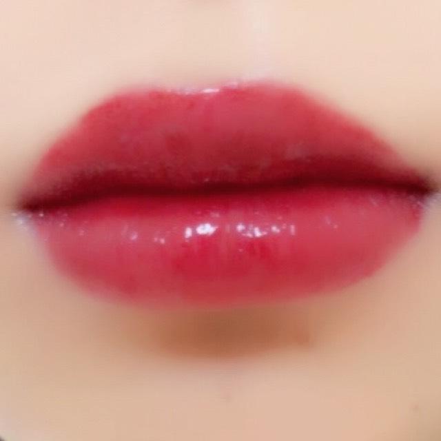 最後に最初に使ったLIP38℃を唇の中心にだけのせて完成です。