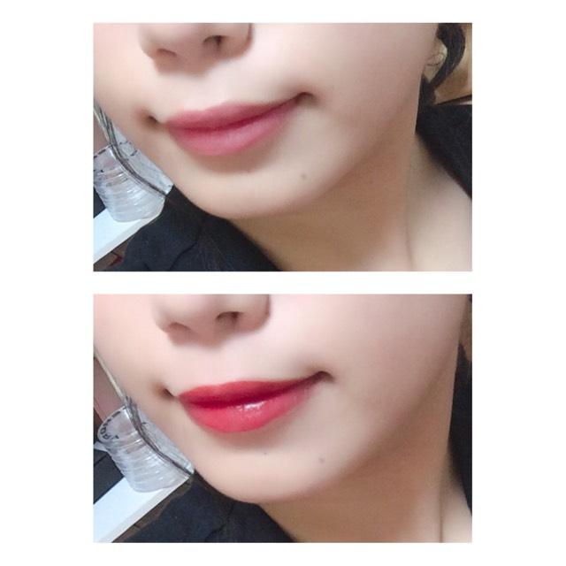 真っ赤なリップを唇に塗ります。