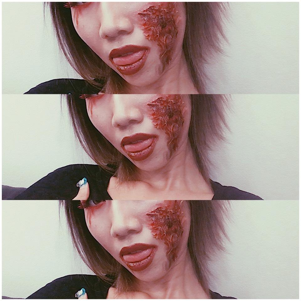 つけまのり つけまをつけるときと頬の傷メイクの時につけまのりを顔にぬってちぎったティッシュを貼ってシャドーやリップをぬって傷をリアルに♡