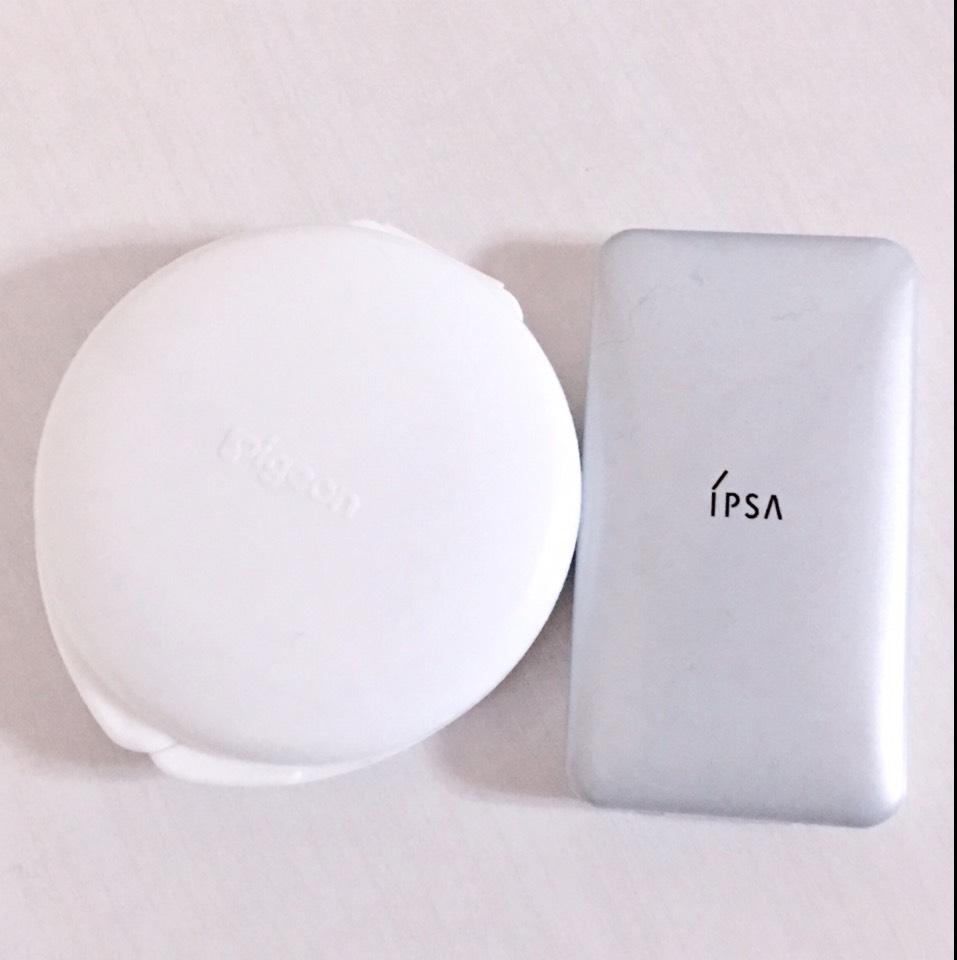 ベースメイクはこちら。  (左)ピジョン薬用固形パウダー (右)IPSA クリエイティブコンシーラーEX