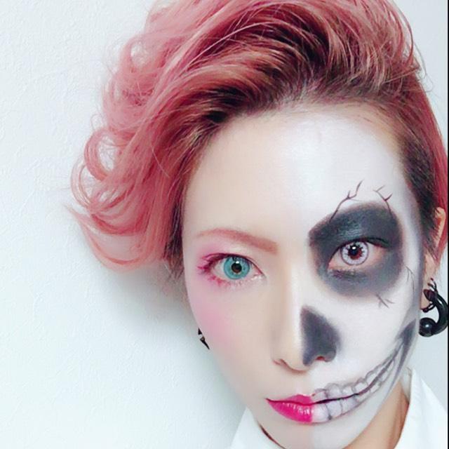 半顔骸骨ハロウィンメイク★のAfter画像
