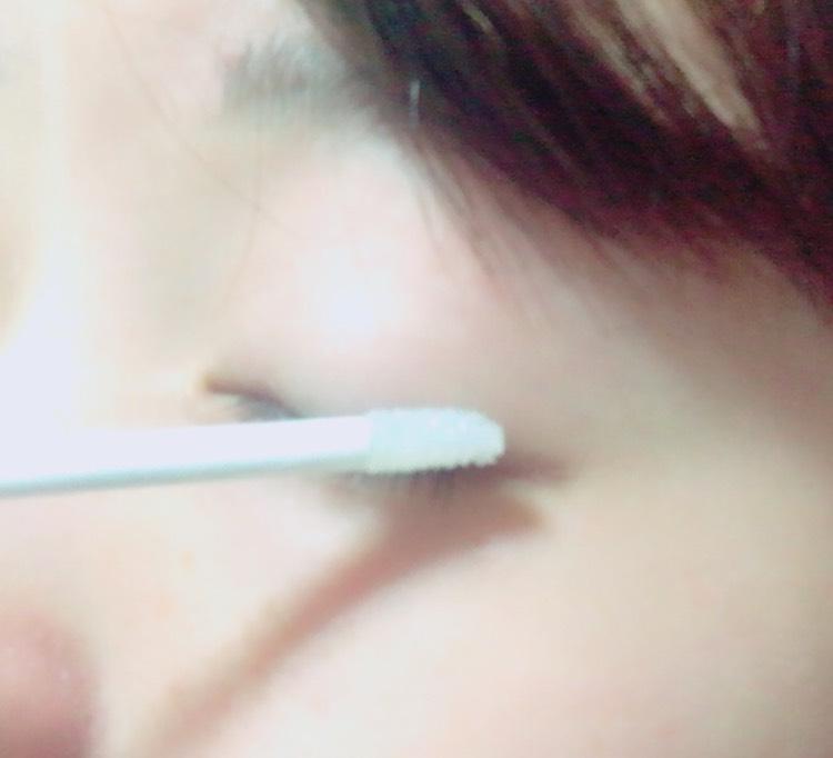 こんな感じで付属の筆で上から塗り塗りφ(゚-゚=)